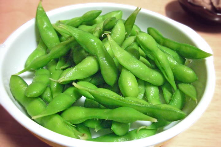 新鮮な枝豆